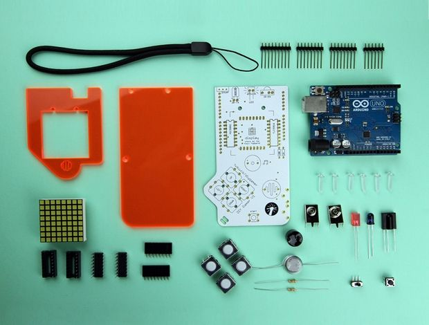 Build Your Own Handheld Games Console With DIY Gamer Kit