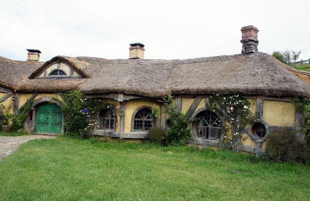 Hobbit House Design Likewise Hobbit Style House Designs Further Hobbit