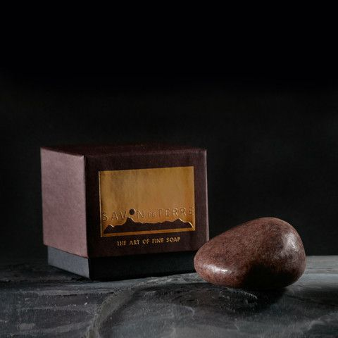 Mangosteen Spice Stone Soap £19  Mangosteen spice and everything nice: ground mangosteen peel with cinnamon, clove and orange essential oils.