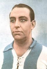 João Lopes Martins é considerado o atleta mais eclético e completo da história do Futebol Clube do Porto. Entre as décadas de 20 e 40, jogou nas equipas de futebol, basquetebol, andebol, râguebi, hóquei, ainda participou nos campeonatos de natação e atletismo e também chegou a jogar ténis, sempre com a camisola do F.C. Porto. Começou a jogar futebol ainda nos infantis e chegou à equipa principal na época de 1927/28. Jogou quatro temporadas e conquistou o Campeonato do Porto por quatro…