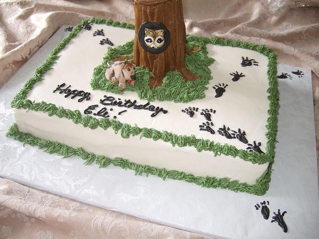 Coon dog cake for Tucker Birthday.