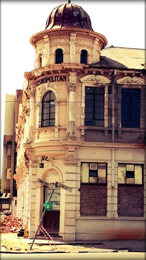 Time stood still . The old Cosmopolitan Hotel in Johannesburg