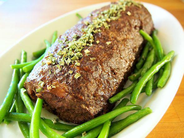 Lihamurekkeet ovat yleinen, mutta usein aliarvostettu ruokalaji. Tällä kertaa tein lihamurekkeen, jossa on englantilaista vivahdetta. Porter-o…