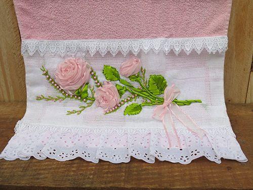 Rosas de Fita em Cor de Rosa