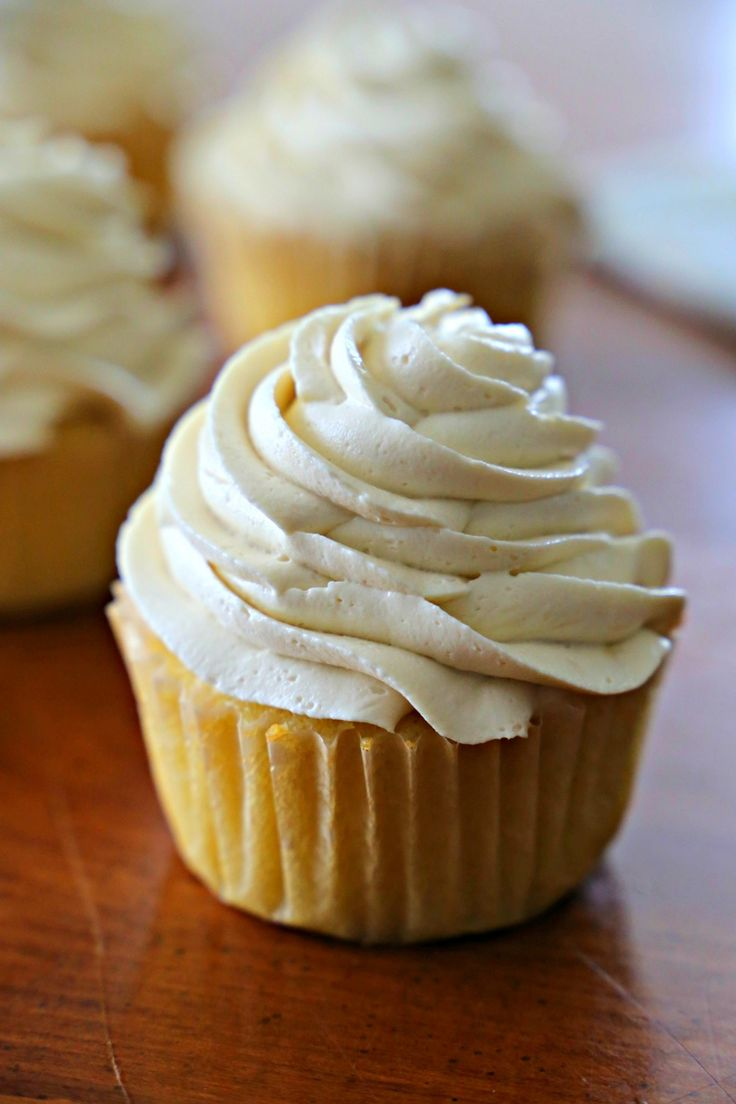 Small Batch Lemon Cupcakes - perfect for those times you only want a few delicious cupcakes
