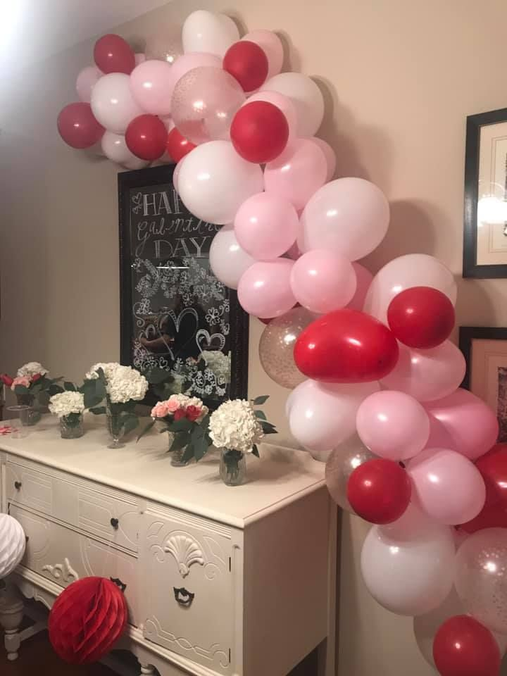 100PCS Valentines Day Red White Pink Balloons Garland Arch Party Decorations 18 10 5 Latex Balloon Valentines Red Heart Shaped Mylar balloon Red Heart Hanging Accessories for Lovers Celebration