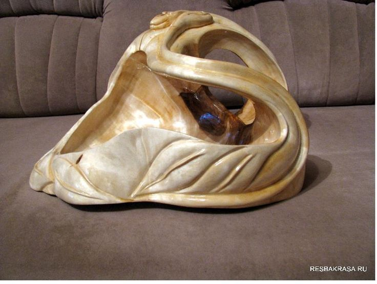 Резная ваза из сувели березы