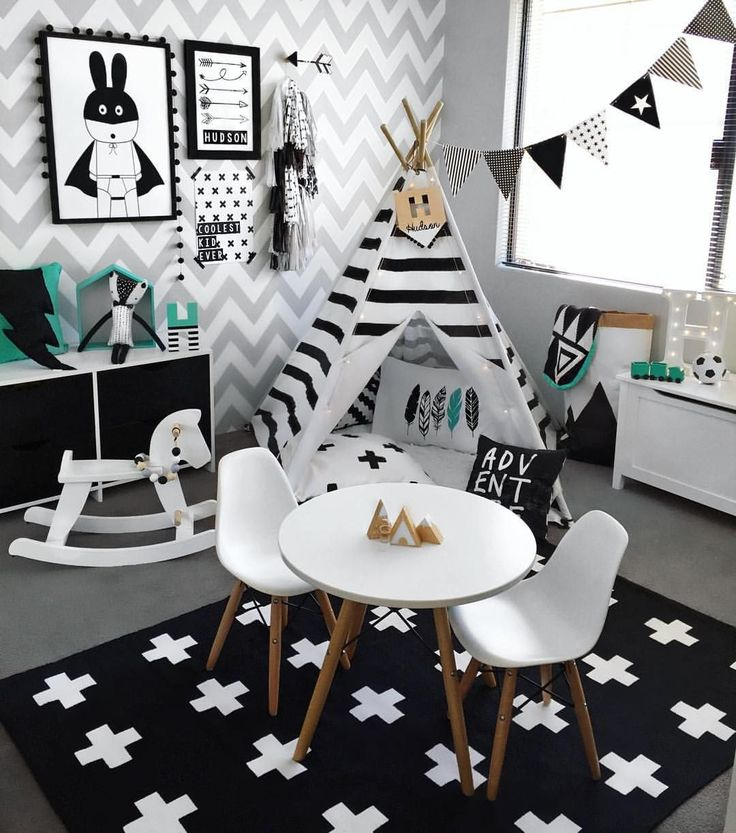 black & white decor!// Decoración blanco y negro