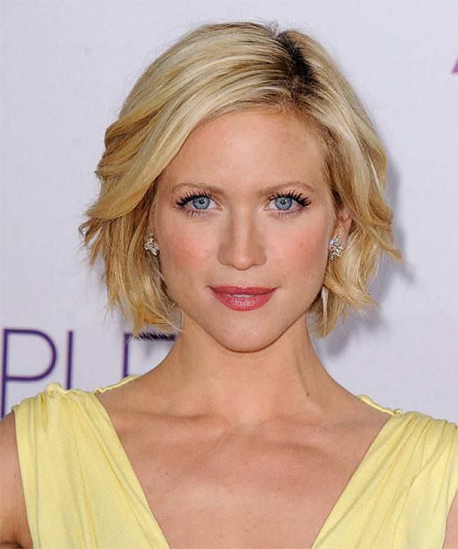 Short Hairstyles For Long Faces And Thick Hair | Short Haircuts ...