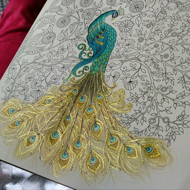 Detalhes!  #pavaofet #pavao #florestaencantada #jardimsecreto #jardimsecretoinspire #jardimsecretotop #jardimsecretotopmg #florestaencantadatop #artecomoterapia #oceanoperdido #oceanoperdidoinsta #johannabasford #nossojardimtop #nossojardimsecreto #jardimcolorido #jardimsecretocolor #mundoscoloridos #desenhosparacolorir #booktorelax