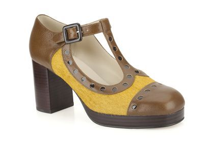 I have a problem. Womens Smart Shoes - Orla Dotty in Ochre Leather from Clarks shoes, £120
