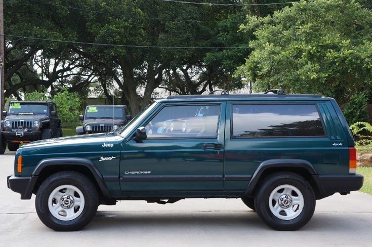 1998 Green 2 Door Jeep Cherokee Sport! 180k Milhttp://www.selectjeeps.com/inventory/view/9303623/1998-Jeep-Cherokee-2dr-Sport-4WD-League-City-TXes and Still Going! More Info--->