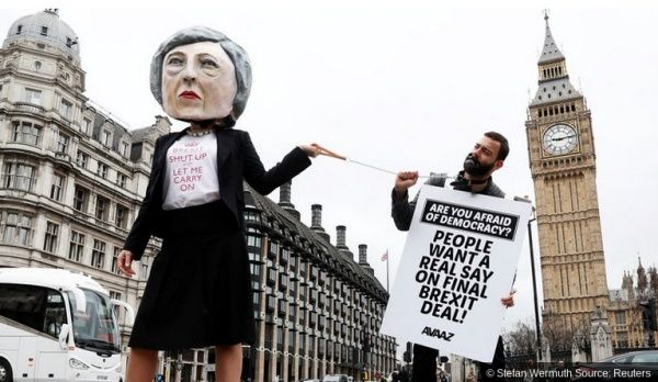 En convoquant des élections anticipées au Royaume-Uni pour le 8 juin, Theresa May a repris l'initiative et a choisi comme champ de bataille le Brexit
