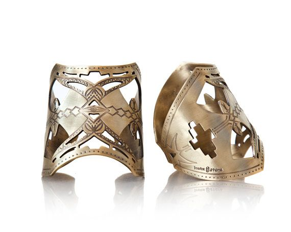 Attarte Cuff Large Tribal gold hipster high fashion by BreakAstone