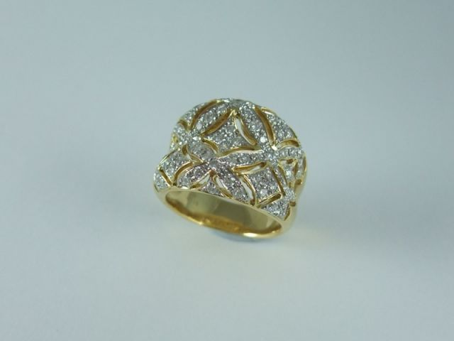Beautiful Crafted 18ct yellow #gold #Ring With pierced oval setting #diamonds 80 x Diamonds = 1.16ct. Price: $3950.00
