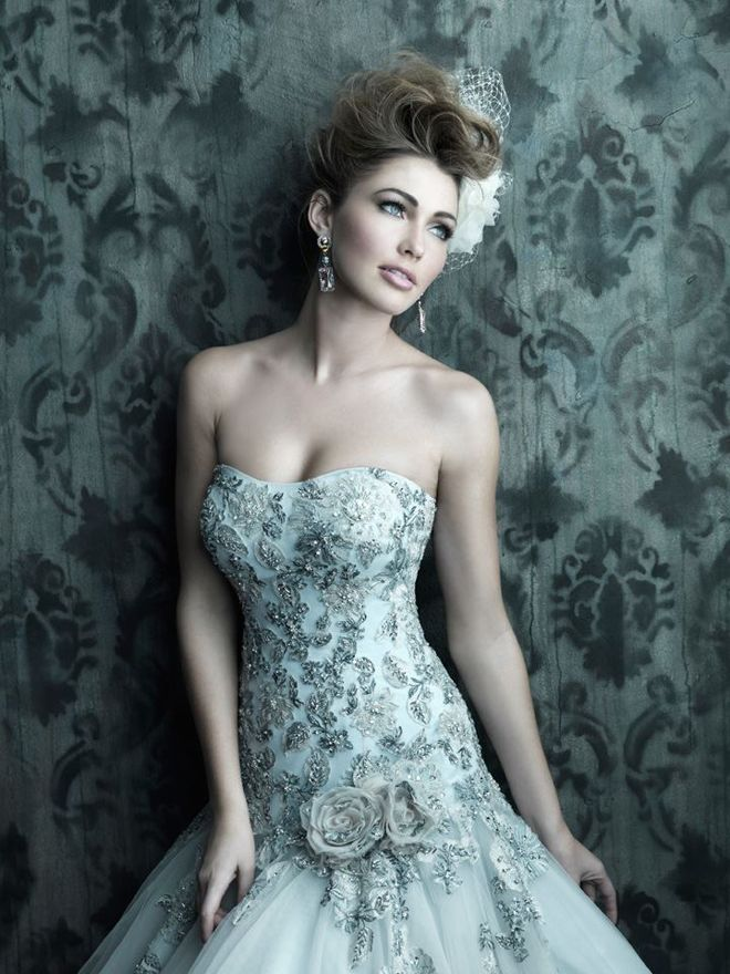 24 best Splash of color images on Pinterest | Homecoming dresses ...