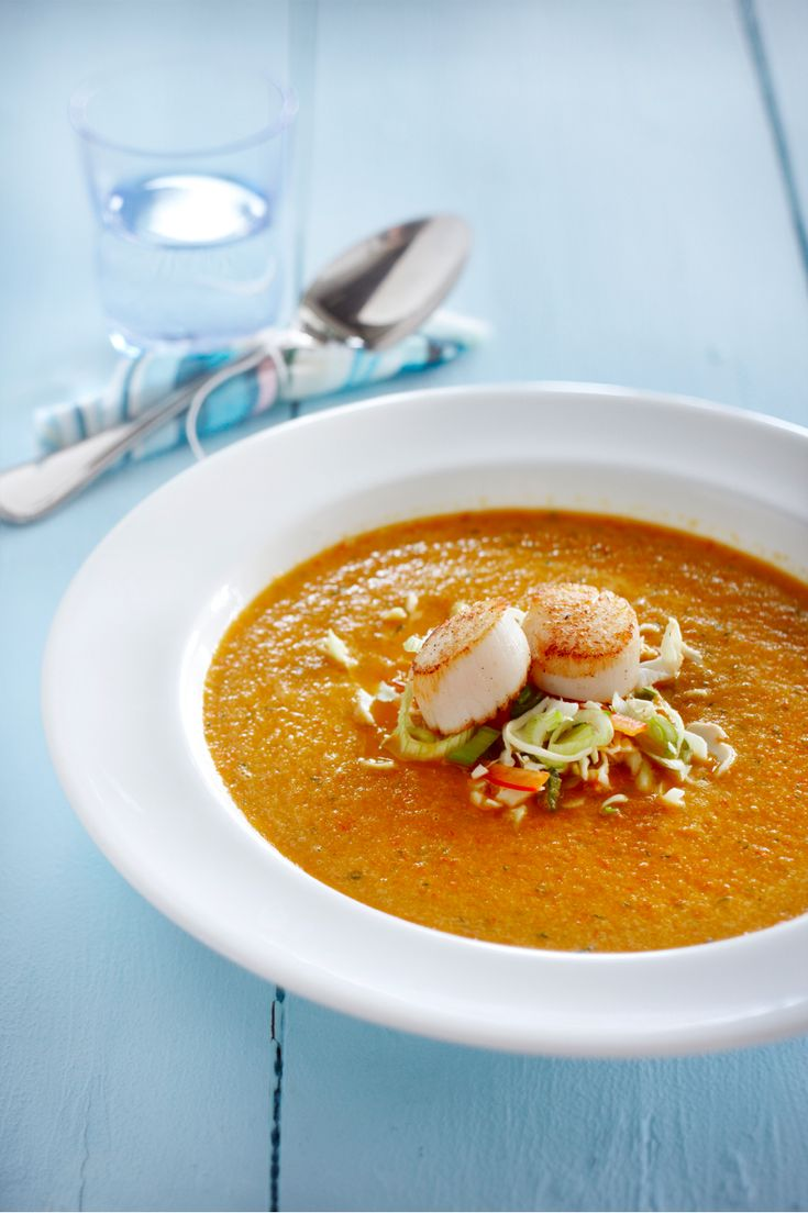Paprika soup with cabbage and scallops