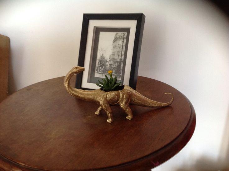 Plantosaurus in gold by Sneaky Little Fox
