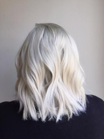 TRANSFORMATION: From Box To Balayage Blonde To Platinum | Modern Salon