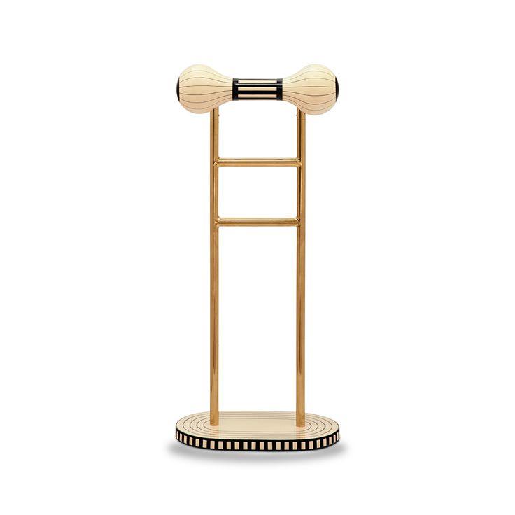 Maldone is the captivating coat hanger from #matteocibic 's #vanillanoir collection #luxury #furniture #luxurylifestyle #luxuryhome #scarletsplendour #coathanger @matteocibic