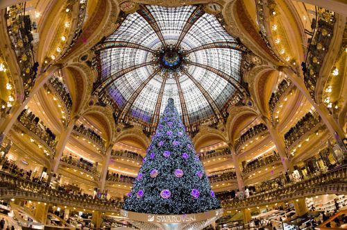 Galeries Lafayette, karácsonyfa (Párizs) fotózás: Joe Daniel Ár ||  Matthieu Olivier ||  morganphotosite ||  Loic Lagarde ||  Kay Gaensler ||  Trey Ratcliff