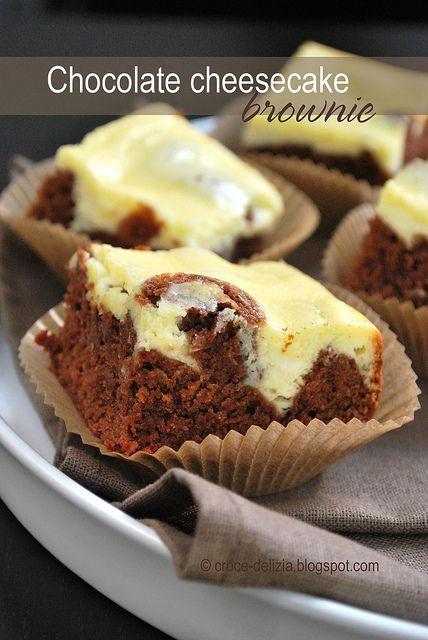 Ricetta americana: chocolate cheesecake brownie http://croce-delizia.blogspot.it/2011/07/chocolate-cheesecake-brownie.html