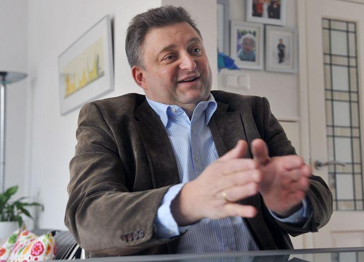 Interview met Ruud Lammers kandidaat Provinciale Staten Nederland Lokaal Zuid-Holland  Meer op: http://www.wekdordrecht.nl/interview-ruud-lammers-kandidaat-provinciale-staten-nederland-lokaal-zuid-holland/#sthash.UAm0Ou6G.dpuf