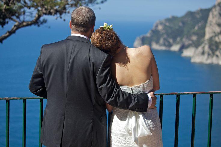 Capri... What a romantic setting for a Wedding...!