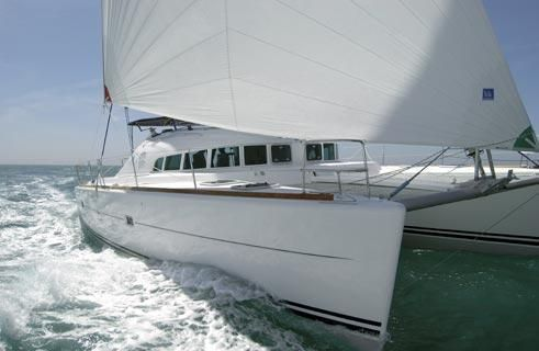 2004 Lagoon 410-S2 Sail New and Used Boats for Sale - www.yachtworld.co.uk