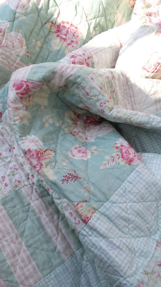 details zu clayre eef tagesdecke quilt plaid shabby chic landhausstil grau wei 230x260cm. Black Bedroom Furniture Sets. Home Design Ideas