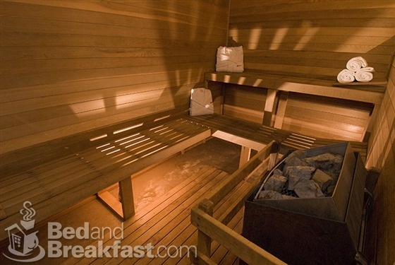 Dry saunas at Parkway Inn - Jackson, Wyoming