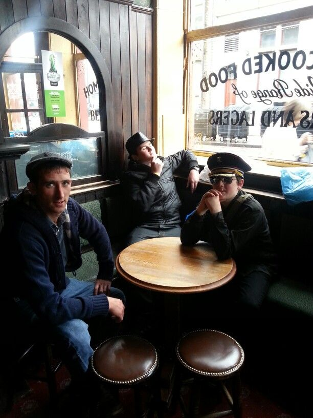 Saintivez gig in Camden