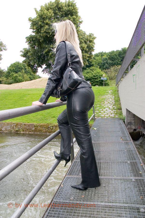Bild: leathermandy012994vmo7.jpg - abload.de
