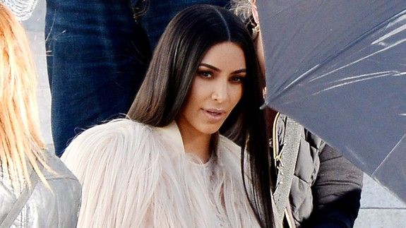 Kim Kardashian tweets about 'life changing' robbery before 'KUWTK' episode