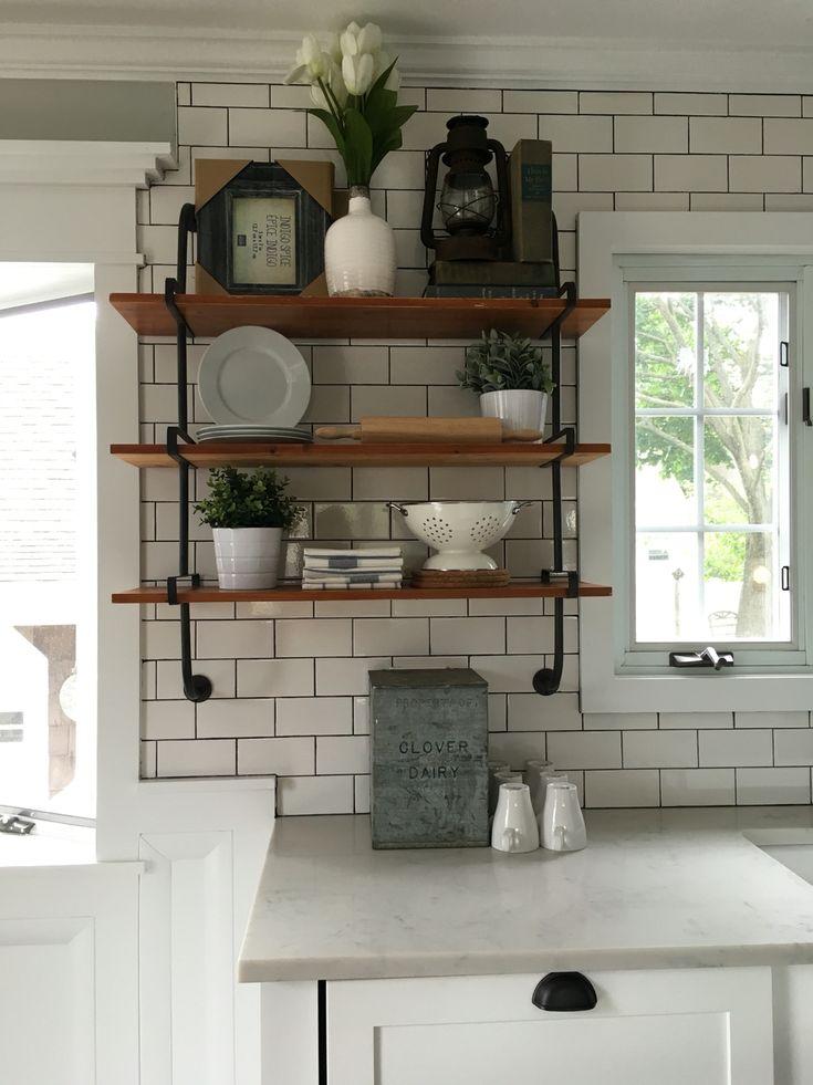Modern Farmhouse Decor Subway Tile Dark Grout Quartz