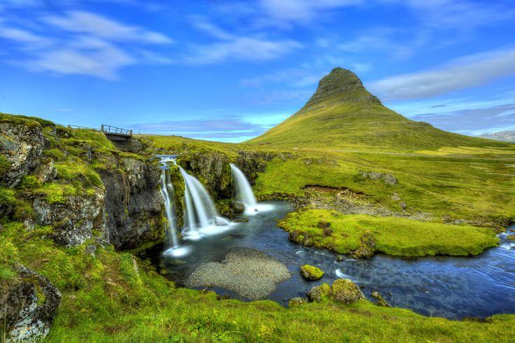Sopky a ich krátery, geotermálne pramene, fjordy, islandské koníky a veľryby, najsevernejšie hlavné mesto sveta, magická atmosféra mýtov a legiend.
