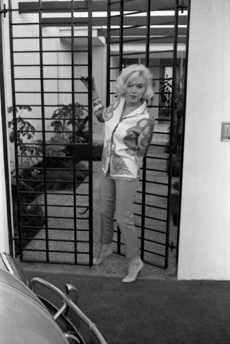 Marilyn at Tim Leimert's house during a photo shoot with ...