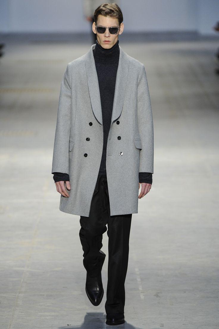 Sfilata Costume National Milano Moda Uomo Autunno Inverno 2014-15 - Vogue