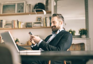 A career in real estate is both exciting and rewarding – ensure you put your best foot forward as a new Realtor® with these 8 tips for success.