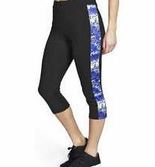boohoo Sports Legging With Printed Side Panel - black Heavily influenced by the sportswear seen on the catwalk, this all new collection comes with an athletic streak. Watch out for high impact pieces that'll get you noticed at the gym, and put your every http://www.comparestoreprices.co.uk/womens-clothes/boohoo-sports-legging-with-printed-side-panel--black.asp