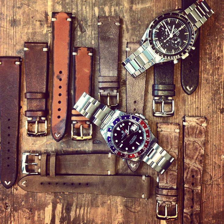 Just a very smal portion of the vintage straps we have on stock.