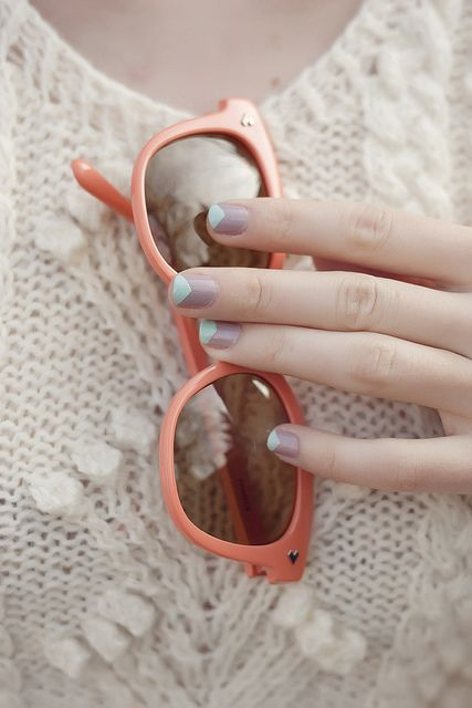 taupe & baby blue mani