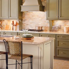 Refinish Cabinets! You will learn how to refinish cabinets and how to replace cabinet doors and drawer fronts. Saturday, August 24 10:00AM. Click image to sign up. #workshops