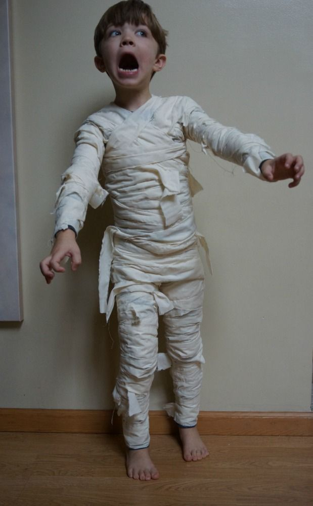DIY Mummy costume. Ala Brittany Gibbons (she's pretty much the awesomest blogger EVER)