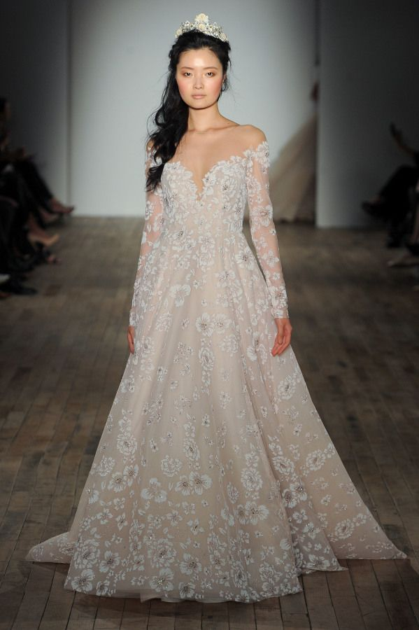 Hayley Paige spring 2018 collection: http://www.stylemepretty.com/2017/04/26/hayley-paige-spring-2018-bridal-week/
