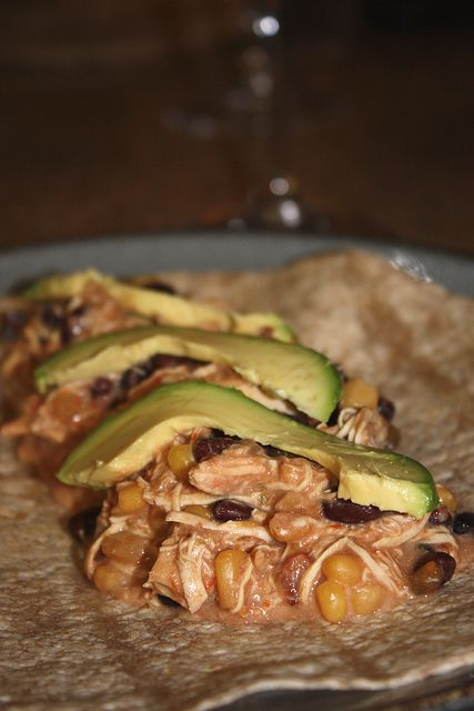 Mexican Slow Cooker Chicken - only has 5 ingredients!