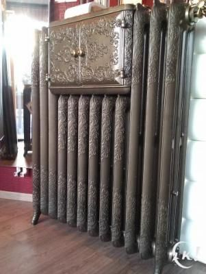 Rare bread oven radiator.  This looks very pretty but I wouldn't put any kind of food in there.