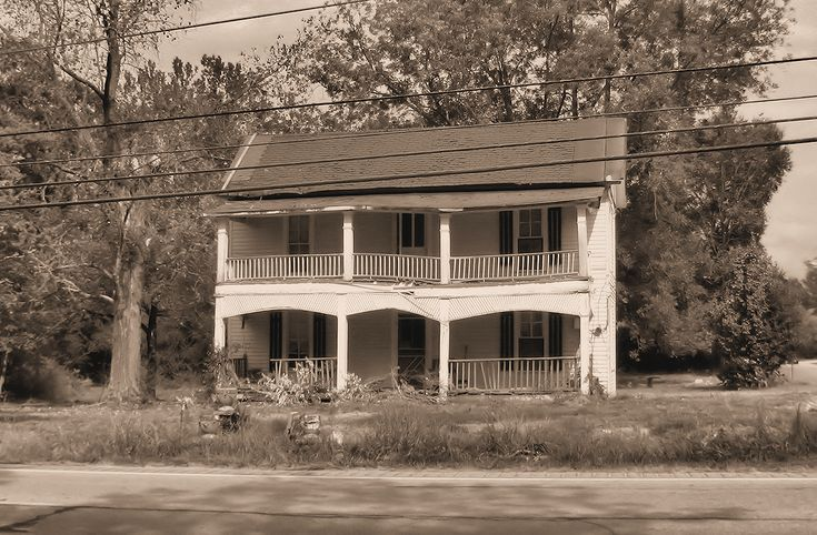 These haunted houses in Georgia will absolutely terrify you!