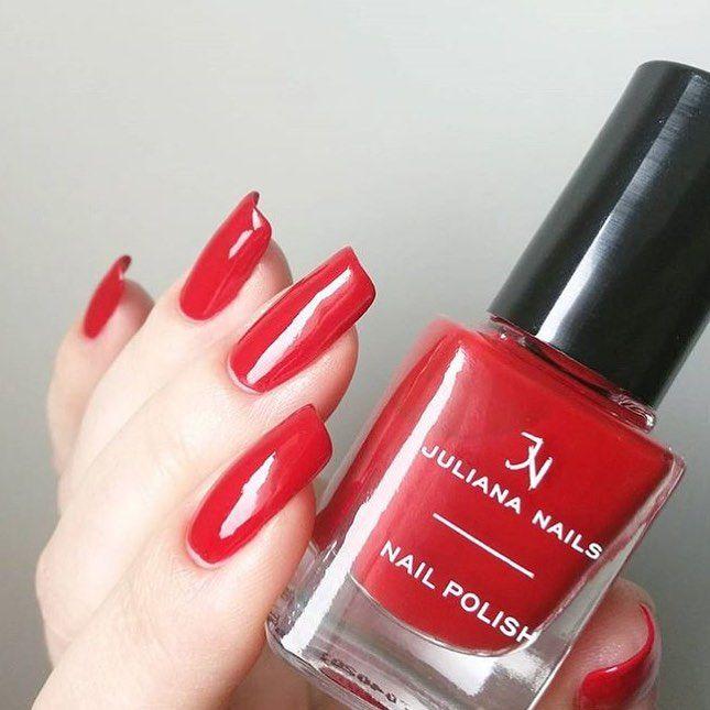 Wieder Mal Zeit Fur Ein Klassisches Rot Die Liebe Ya Si Ka Tragt Scarlet Np523 Jnfangirlmoment Julian In 2020 Juliana Nails Nail Polish Nails Inspiration
