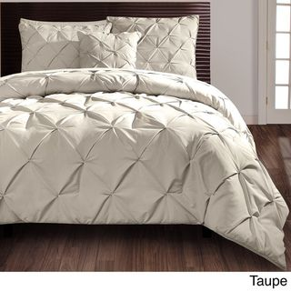 @Overstock.com - Carmen 4-piece Comforter Set - Beautify your bedroom with this sophisticated four-piece comforter set. A puckered diamond design embellishes this contemporary set for your king- or queen-size bed. Available in gray, white, and taupe, this set will easily match your current decor.  http://www.overstock.com/Bedding-Bath/Carmen-4-piece-Comforter-Set/7260118/product.html?CID=214117 $26.99